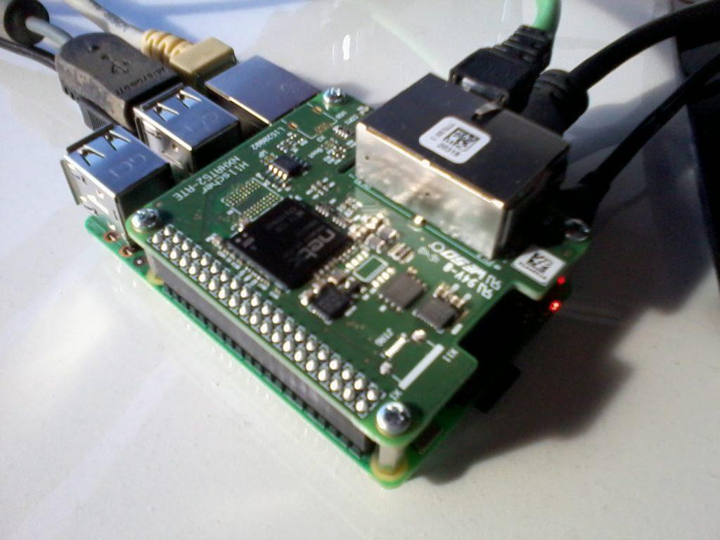 Raspberry Pi 3 / netHAT
